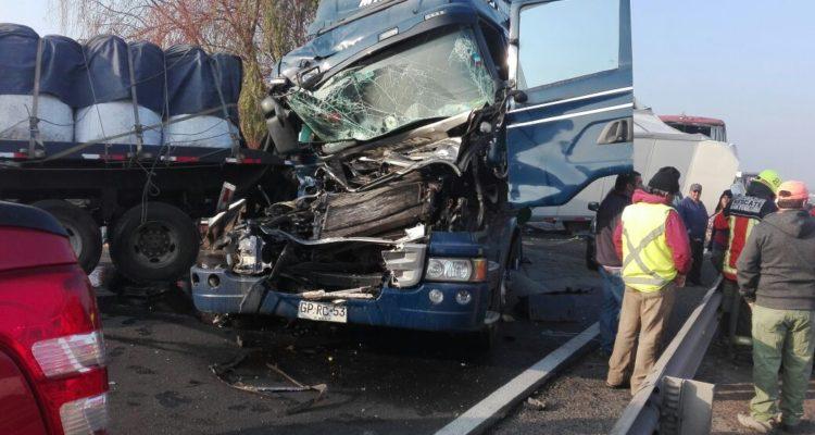 Más de 20 vehículos involucrados en accidente a la altura de San Fernando