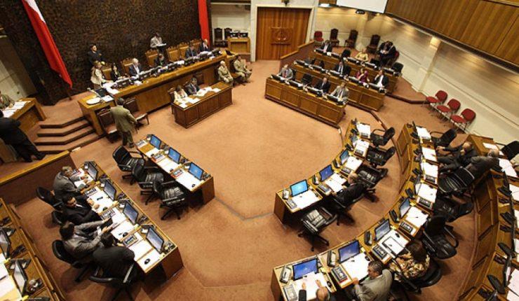 Desde ahora cada parlamentario chileno tendrá un seguro de $275 millones